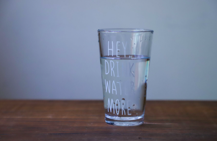 5 Signs That You Are Dehydrated – A Guide to Recognizing the Warning Signs